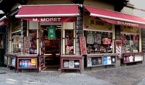 Souvenirs M. Moret