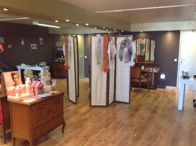 Hillie's beauty & ladies shop