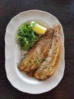 Verse zeetong, frietjes & frisse salade �28.00