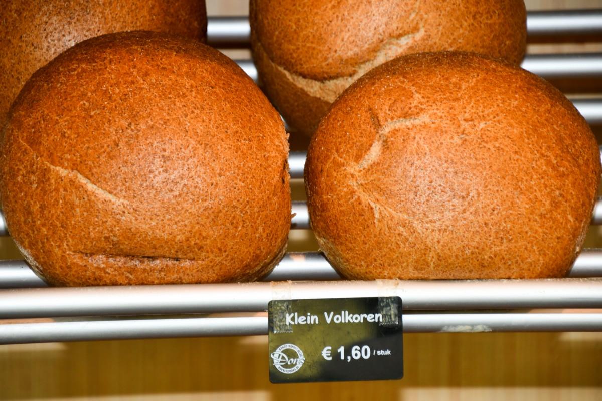 Klein volkoren brood