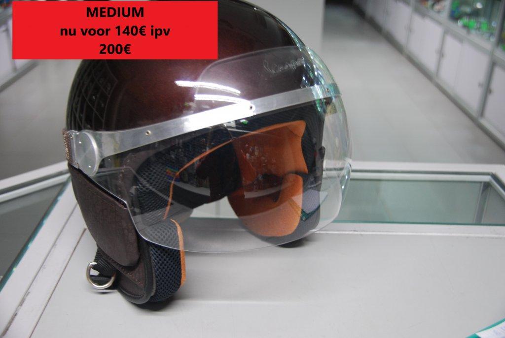 medium vespa helm bruin