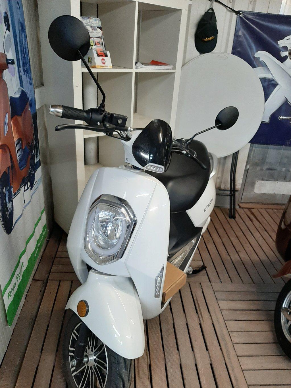 zhen electrische scooter aktie