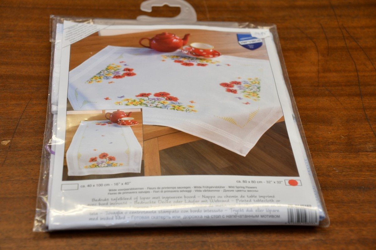 Borduurwerk: Tafelkleed