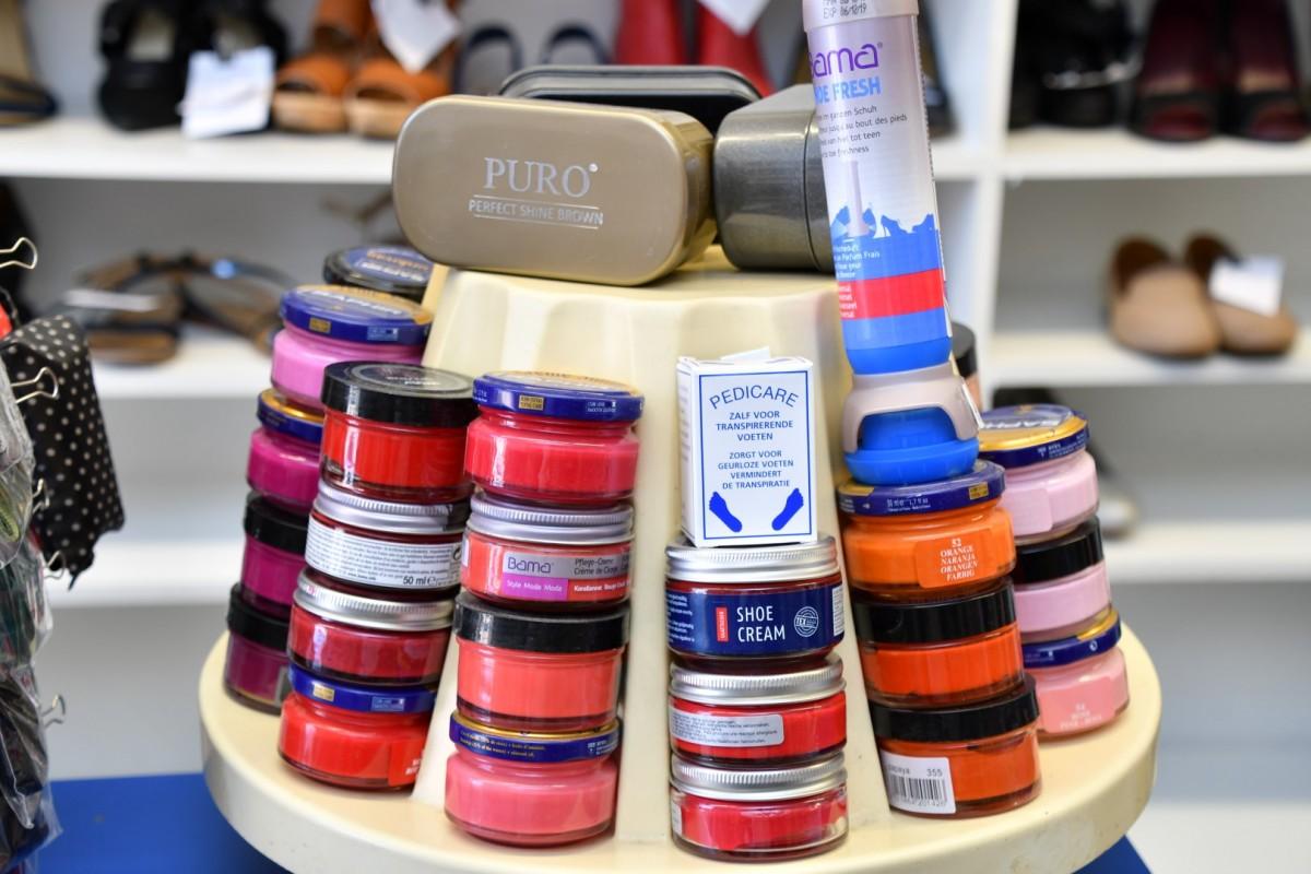 Schoencréme in vele kleuren