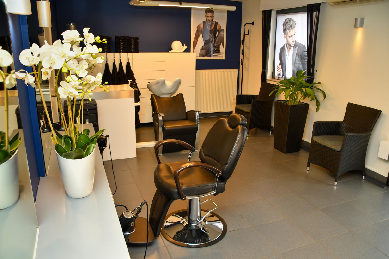 Gezellige interieur van Hairstudio Classic's
