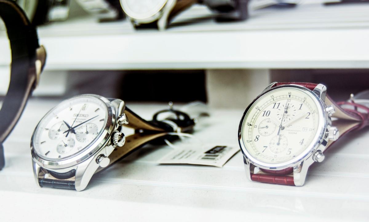 horloges met ronde wijzerplaat