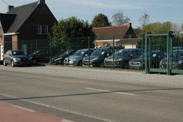 Garage carrosserie vermeirsch in deinze met openingsuren for Garage carrosserie depannage 64