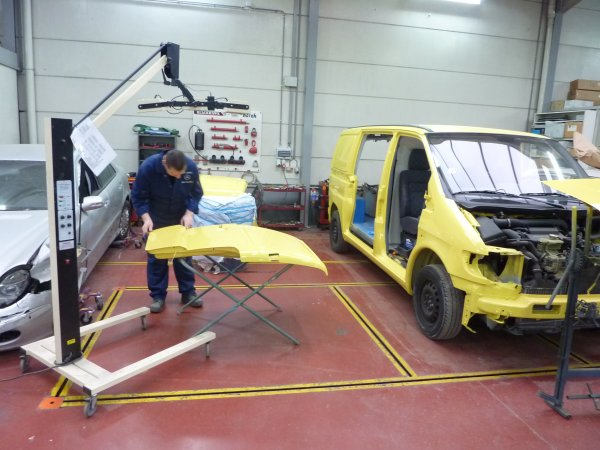 Mercedes garage smedts in aarschot met openingsuren for Garage agree mercedes