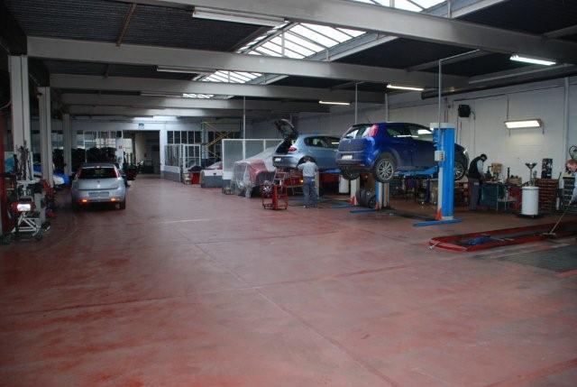 Garage Pieteraerens En Zonen In Geraardsbergen Met