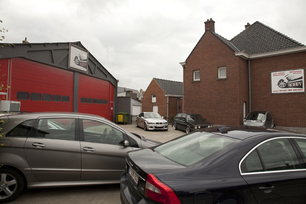 Garage Robby In Waregem Met Openingsuren Carrosserie