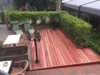 Enkele realisaties : hardhouten tuinterras