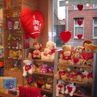 Knuffelberen te verkrijgen bij Papershop Mieke uit Berlare