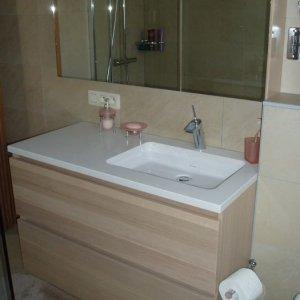 dikfineer eiken badmeubel met tablet in composiet te Mol (volledige badkamer afgewerkt)