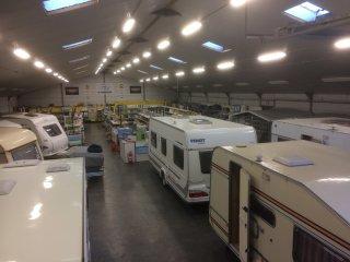 Codnis campingshop en Caravans