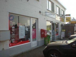 Dagbladhandel bij Arlette